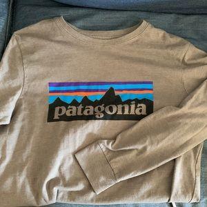 Boys Patagonia long sleeve t-shirt